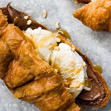 Cafe_Laurens_Lena_MNU_Croissant_Eis_Nutella